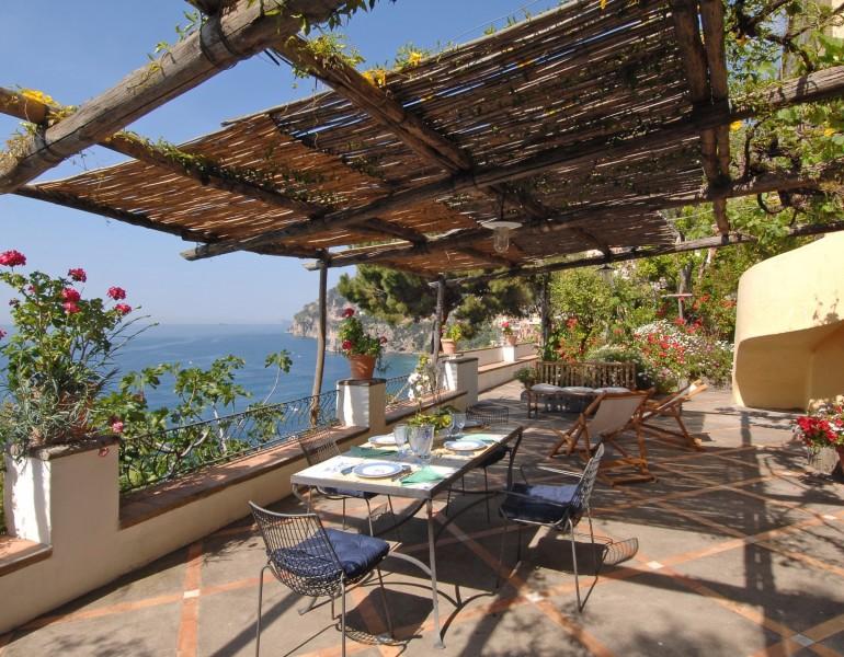 La Terrazza Del Giardino Luxury Apartment To Rent On The Amalfi Coast